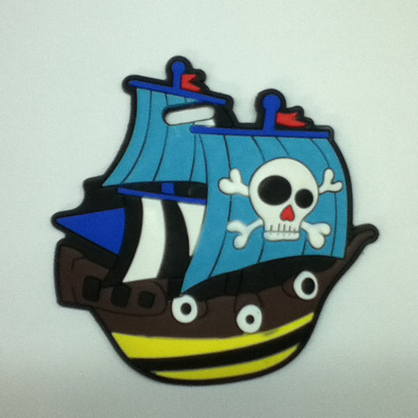 L00376 - Pirate Ship Luggage Tag