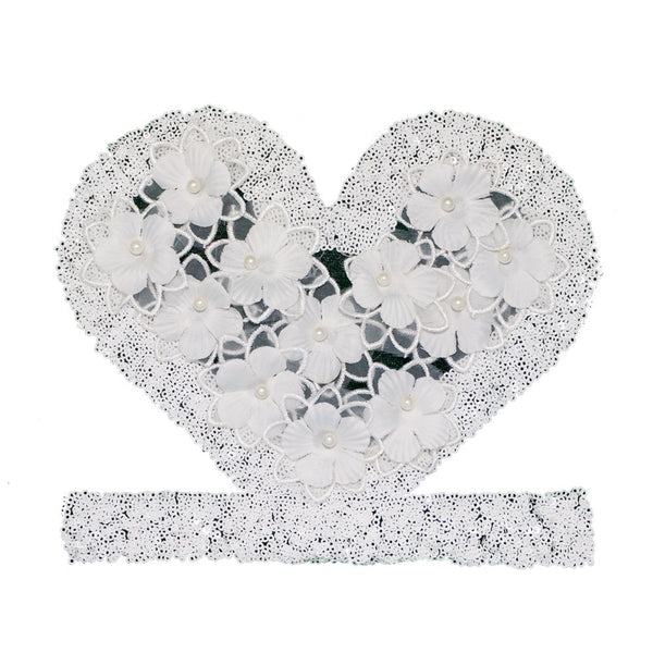 PT289 - Sequin flower Heart White (Sew On)