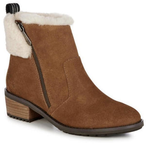 Waterproof suede sheepskin ugg ankle wool boots by Emu Australia. Chestnut.