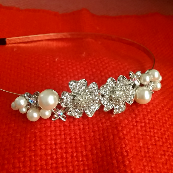 Silver Flower & Pearl headwear for girls