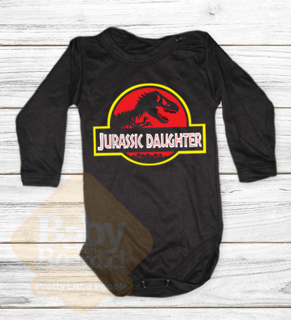 14.- Jurassic daughter  (Papá, Mamá, Hija)