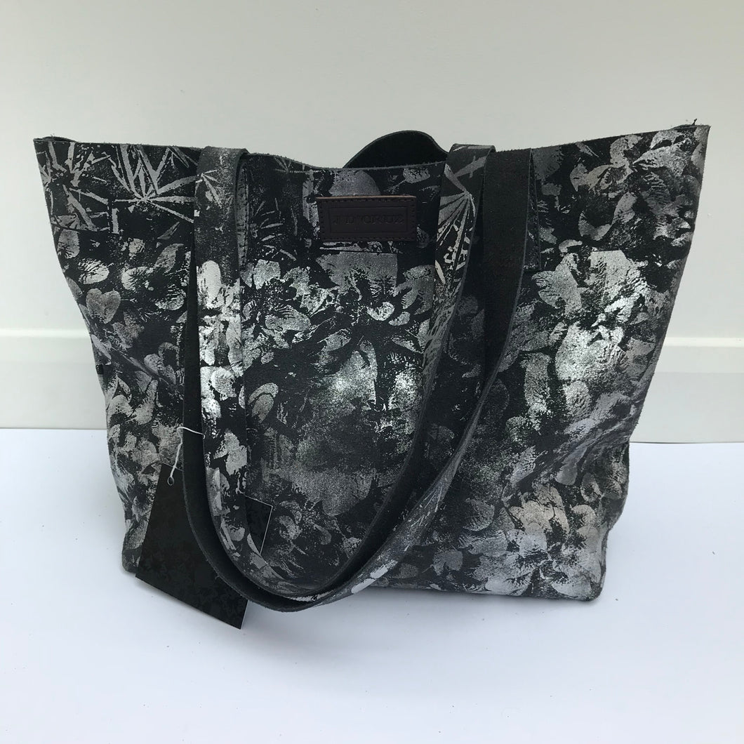 Grey Large Leather Landscape Tote - J D'Cruz