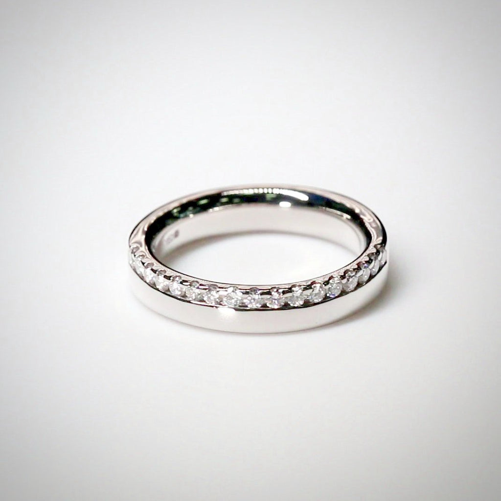 3.8mm Half Offset Platinum Diamond Ring
