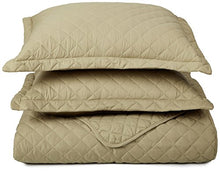 Clara Clark 3-Piece Quilt Set, - Set Includes 1 Over-Sized Coverlet, 2 pillow-Shams, Full/Queen Size - Sage Green