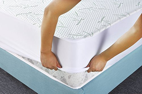 Utopia Bedding Waterproof Bamboo Mattress Protector (California King)