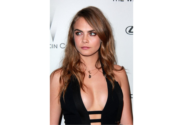 Your 5 step guide to Cara Delevingne Brows!