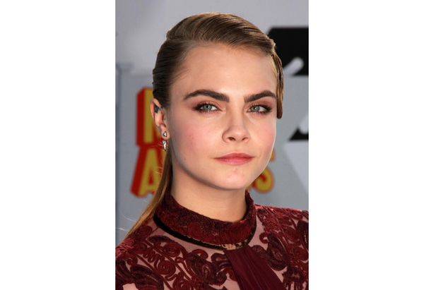 5 ways to keep your eyebrows on fleek