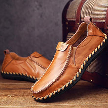 2018 New Fashion Breathable Moccasins High-quality Men's Shoes