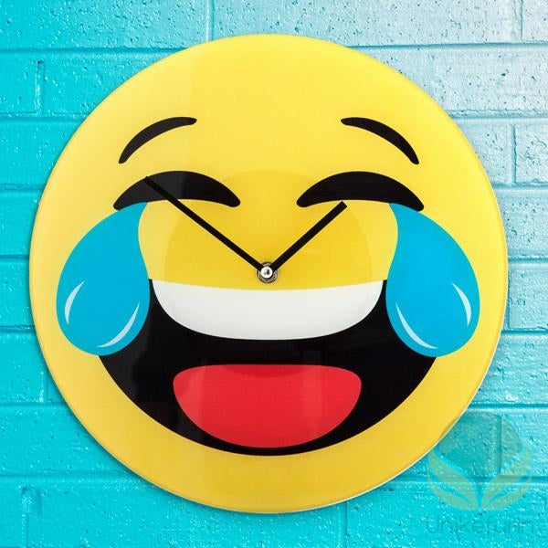 Laughing Emoji Vegg-Klokke - Langlevering.no
