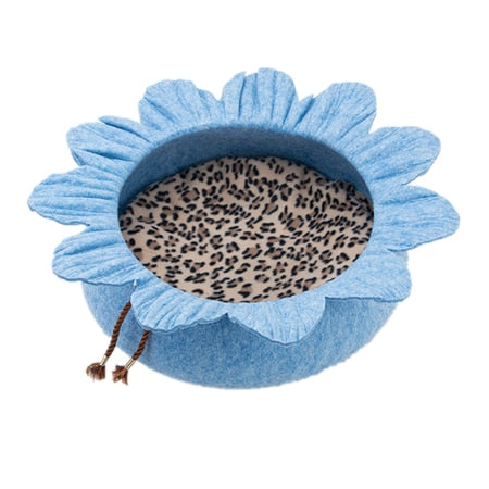 Flower-Shaped Cat Bed