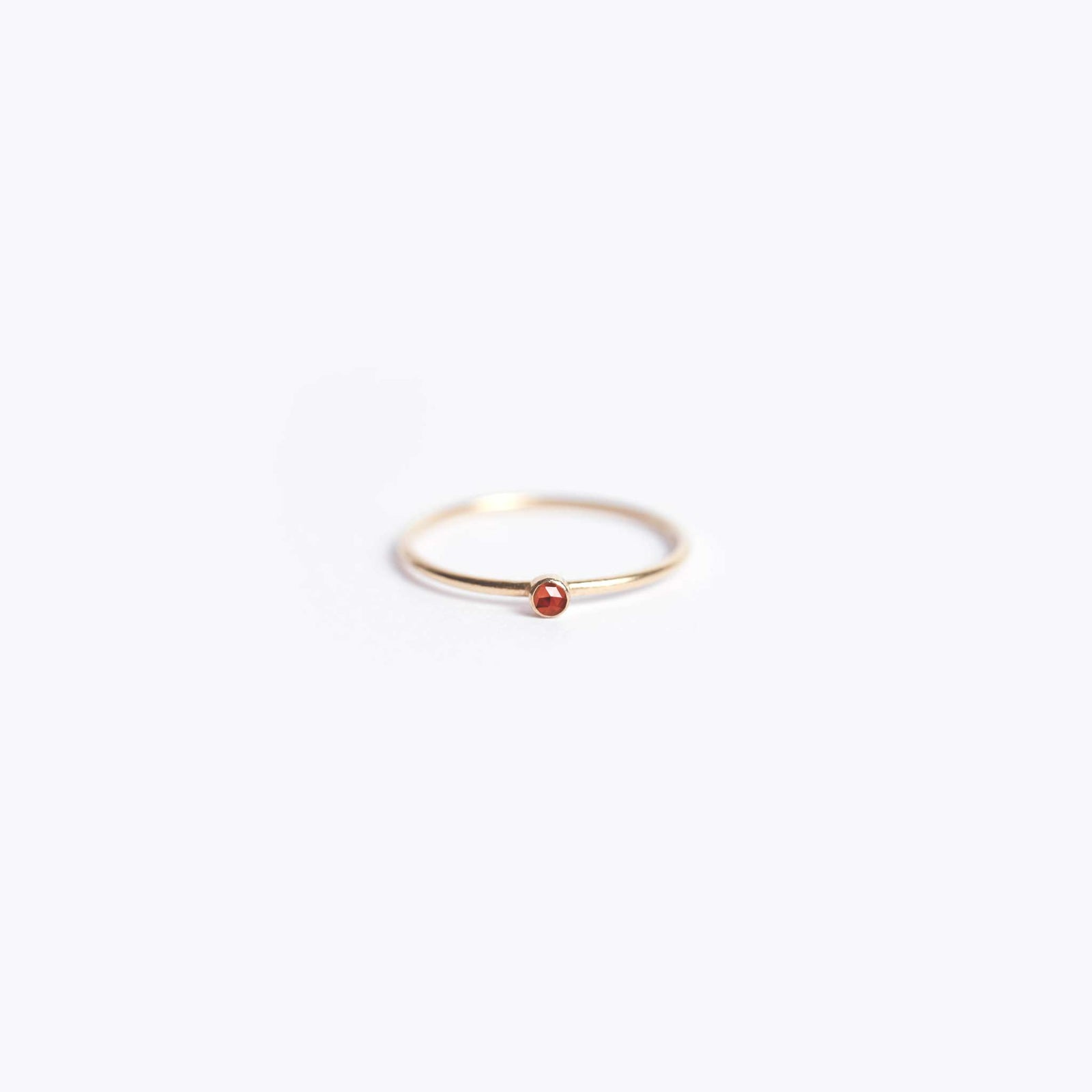 january birthstone | fine gold garnet ring