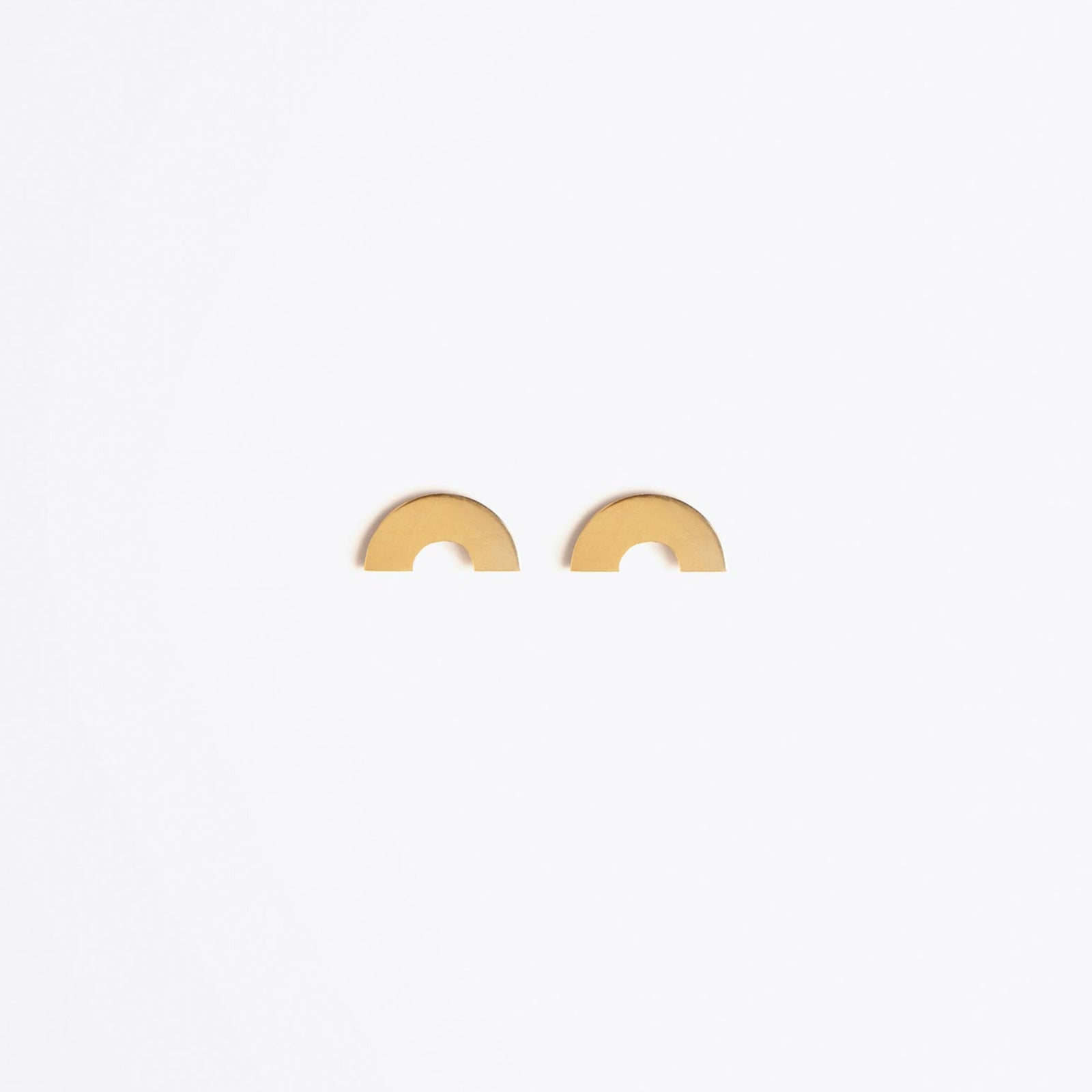 gold stud earring | luna crescent