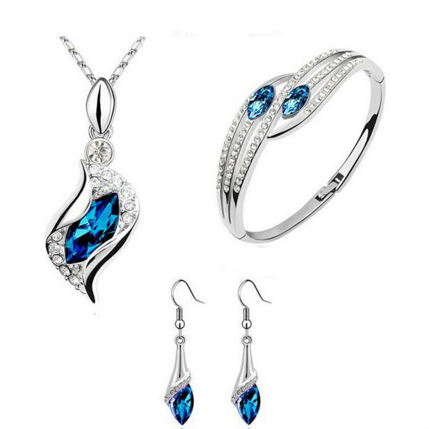 https://4ds-t-d-inc.myshopify.com/1 X 4 Pc Set Of Women Jewelry - Necklace - Pendant Drop - 1 Pair Earrings - Bracelet.  Item # 4DS-51NPEB .