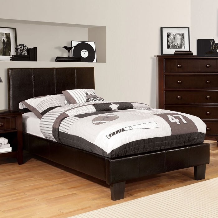 Winn Park Espresso E.King Bed - Canales Furniture