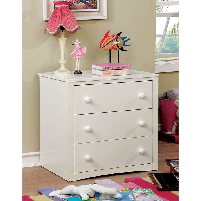 FAREM White Chest - Canales Furniture