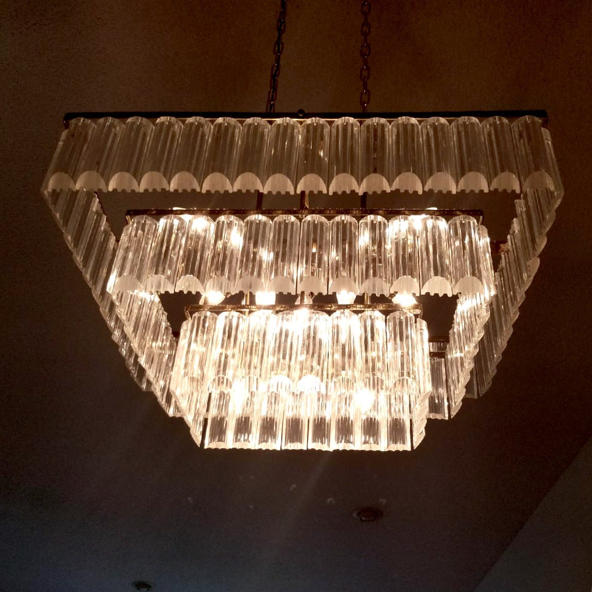 b id oval shaped at f lighting lucite lights chandelier furniture pendant vintage chandeliers
