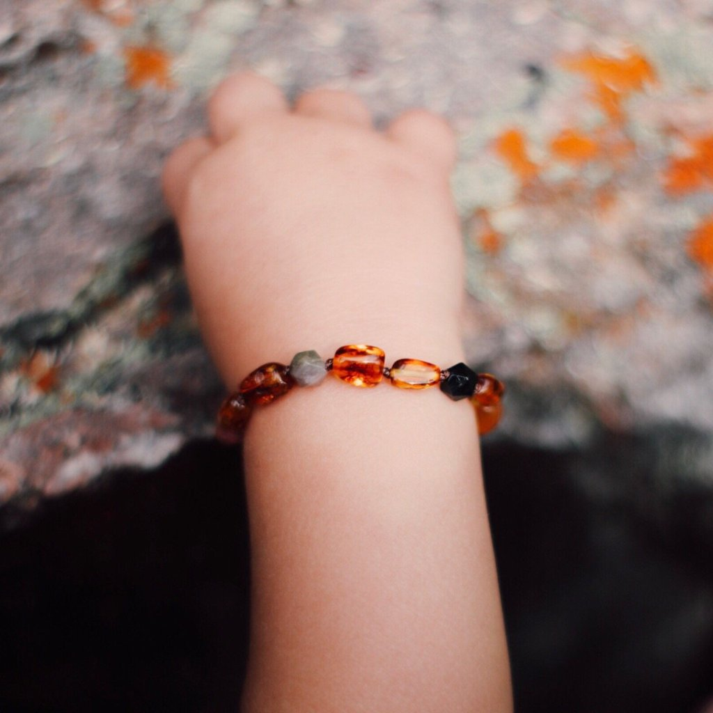 Amber Teething Bracelet | Dark Honey Amber + Tourmaline