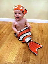 baby clown fish blanket