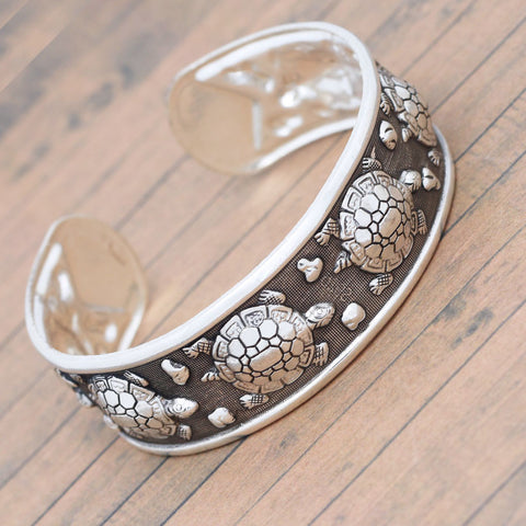 Tibetan Carved Turtle Cuff Bracelet - Belleza Obsession