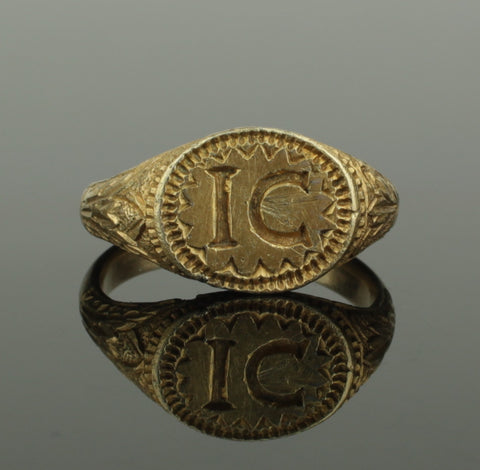 BEAUTIFUL ANCIENT MEDIEVAL SILVER GILT SEAL RING - CIRCA 14th/15th Century AD
