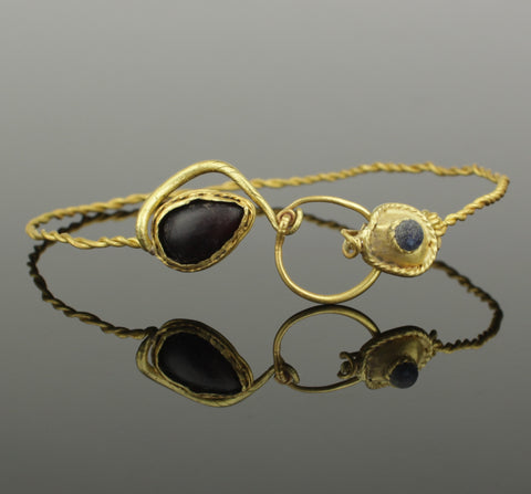 STUNNING ANCIENT ROMAN GOLD BRACELET WITH GLASS & GARNET - 1st - 2nd Century AD