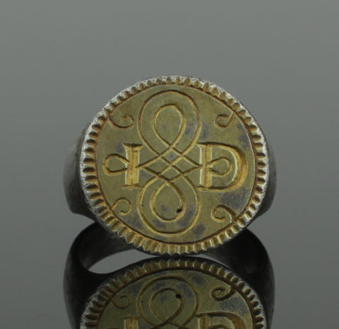 "ANCIENT MEDIEVAL SILVER GILT RING WITH INITIALS "" I D "" - CIRCA 15TH C AD"