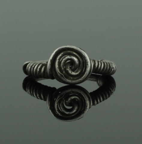 ANCIENT VIKING SILVER SPIRAL RING - CIRCA 9th/10th CENTURY (216)