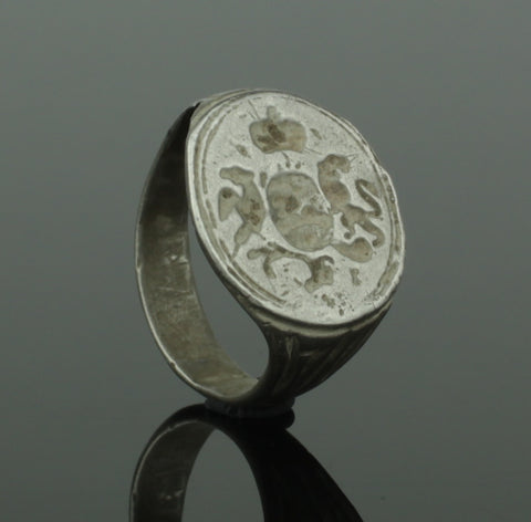 ANCIENT MEDIEVAL HERALDIC SILVER RING - CIRCA 15th/16th Century AD