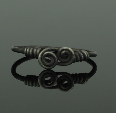 ANCIENT VIKING DOUBLE SILVER SPIRAL RING - CIRCA 9th/10th CENTURY (516)