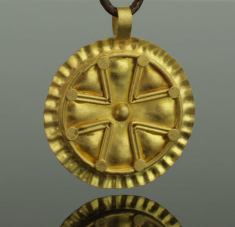 SUPERB LARGE ANCIENT ROMAN GOLD CROSS PENDANT CIRCA - 2nd/4th Century AD (602)