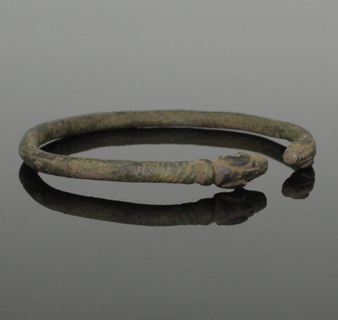 SUPERB ROMAN BRONZE BRACELET WITH RAMS HEAD TERMINALS Circa - 2nd Century AD