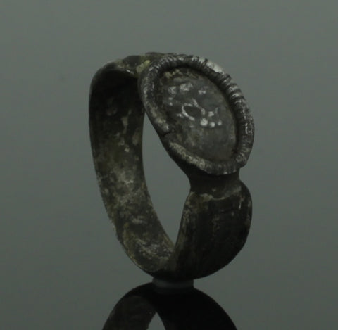 "SUPERB ANCIENT ROMAN SILVER RING ""CARACALLA"" - 2nd/3rd Century AD"