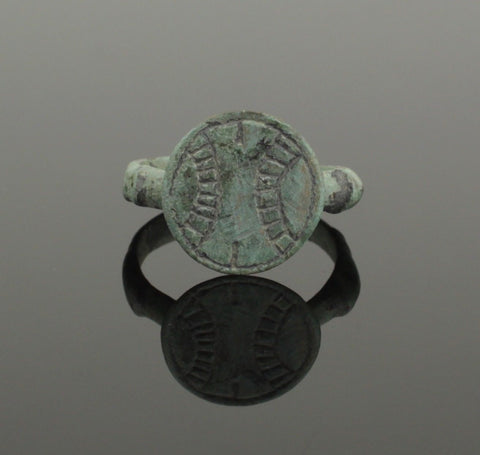 ANCIENT ROMAN BRONZE RING - CIRCA 2ND CENTURY AD 036