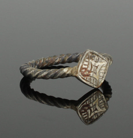 ANCIENT MEDIEVAL SILVER RING - CIRCA 15TH CENTURY AD