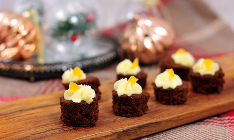 Gingerbread cake w/ mascarpone frosting & stem ginger