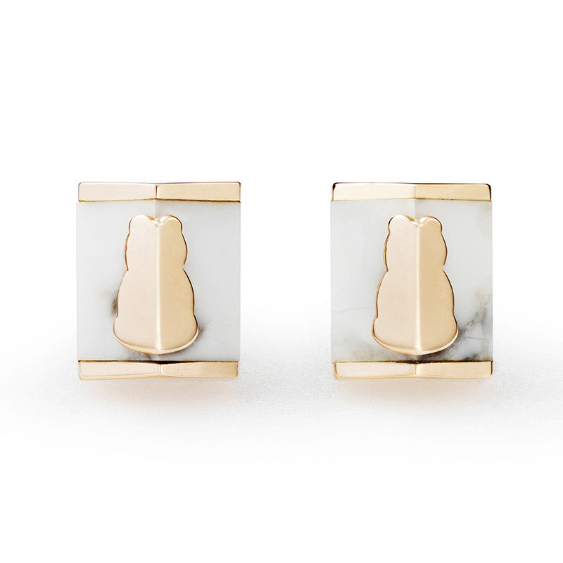 Motif Howlite Square Earrings