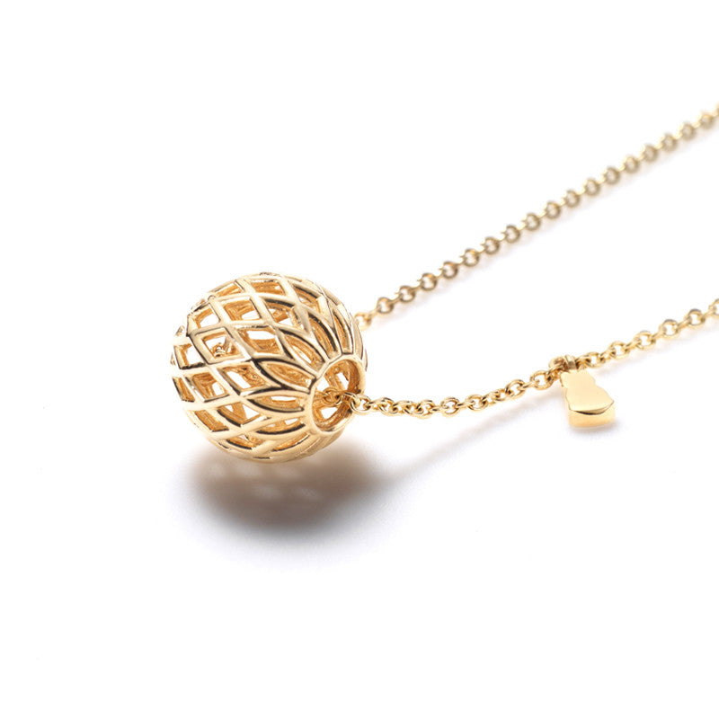 Connected Ball Necklace