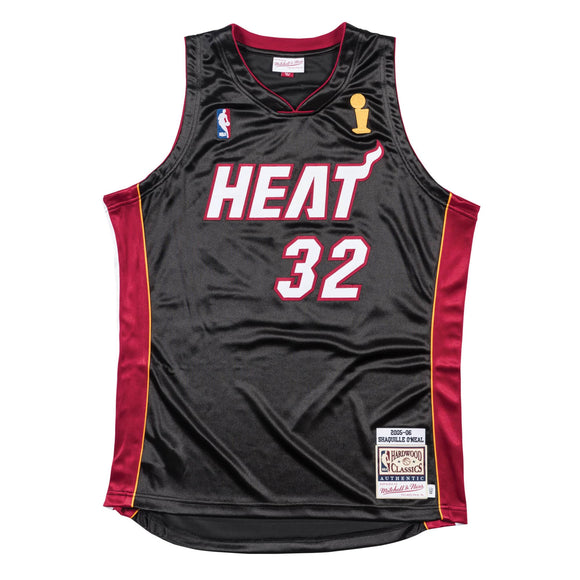 Men's Miami Heat Shaquille O'Neal Mitchell & Ness Black 2005-06 Hardwood Classics Authentic Jersey - Bleacher Bum Collectibles, Toronto Blue Jays, NHL , MLB, Toronto Maple Leafs, Hat, Cap, Jersey, Hoodie, T Shirt, NFL, NBA, Toronto Raptors