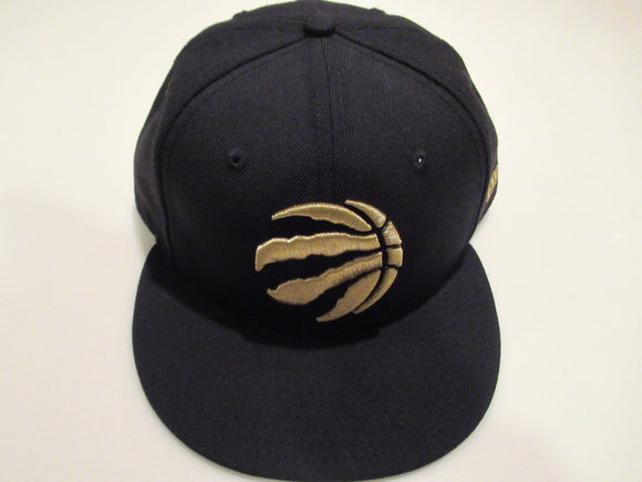 Toronto Raptors Black & Gold Claw Logo New Era 59Fifty Fitted Cap Hat - Bleacher Bum Collectibles, Toronto Blue Jays, NHL , MLB, Toronto Maple Leafs, Hat, Cap, Jersey, Hoodie, T Shirt, NFL, NBA, Toronto Raptors