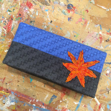 CS-003 Blue and grey stripes with orange star