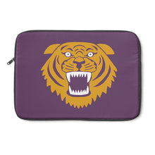 Wildcat with purple background - Laptop Sleeve