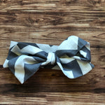 Grey Chevron Knotty Band