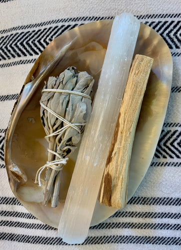Snudge Kit  with Clam Shell