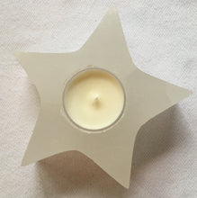 Selenite Star Candle Holder + 4 Coconut-Soy Wax Tealights