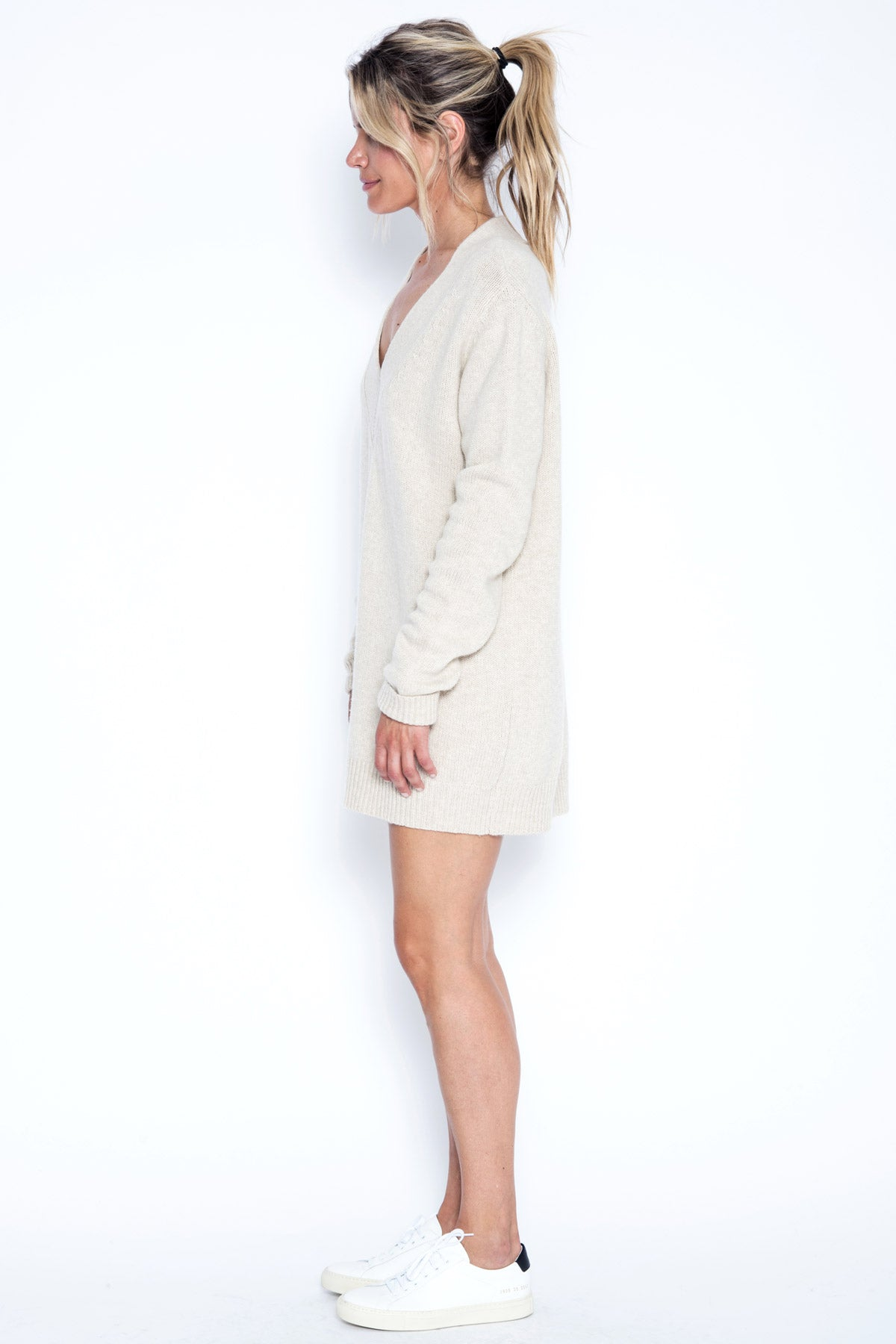 Danny Oversized V-neck Pullover - Wishbone