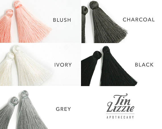 tassel aromatherapy necklace tittup
