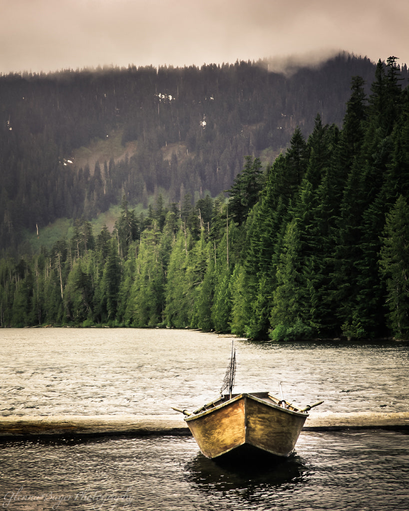 Old wooden fishing boat in Oregon lake