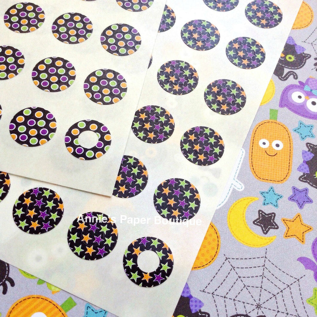 Halloween Dots and Stars Trendy Page Dots™