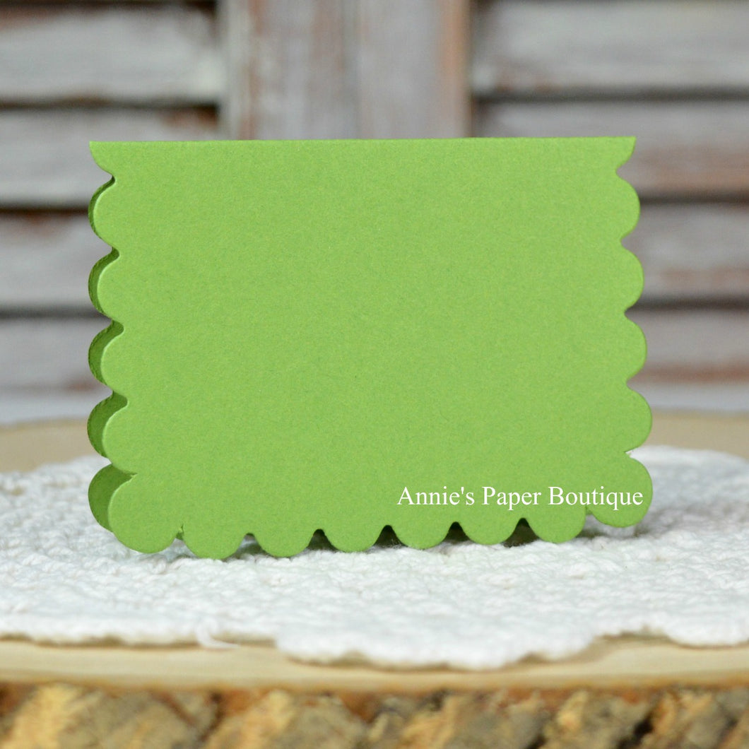 Leaf Green Scallop Note Card