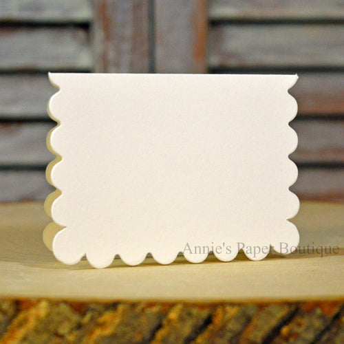 Natural White Scallop Note Card